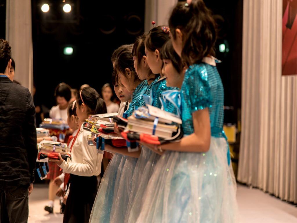 小小新上海人暨上海曙明少年合唱团2016年迎春音乐会